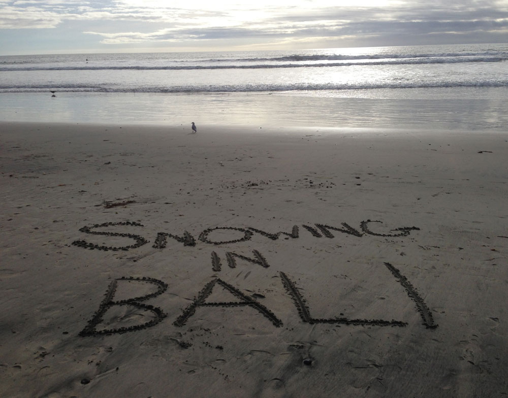 snowing-in-bali-in-the-sand